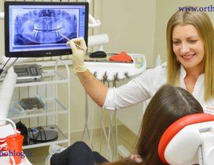 پزشک معالج در حال مشاوره دادن برای ارتودنسی